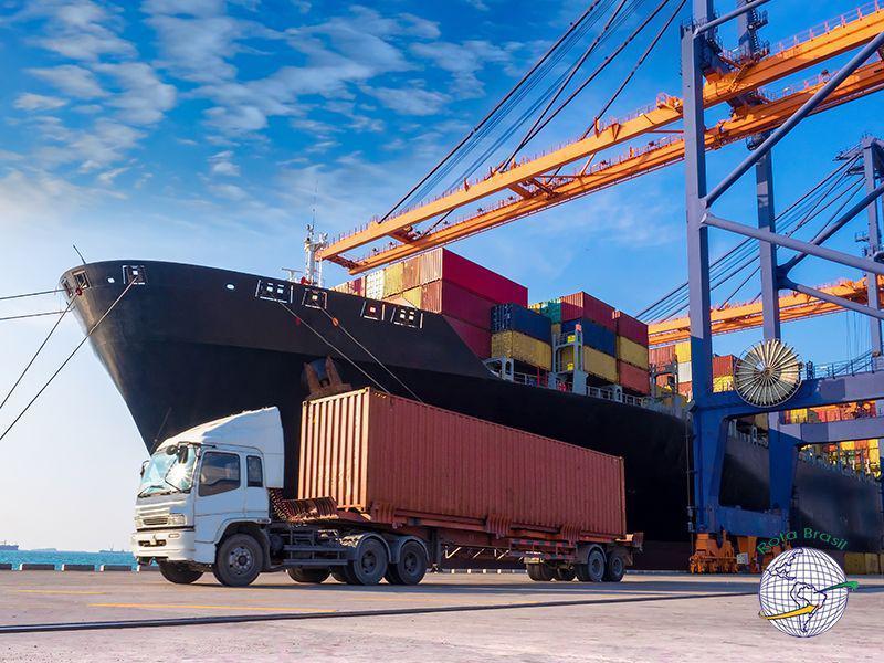 Despachante aduaneiro logística internacional